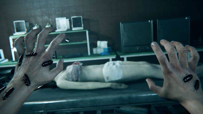 Cut up corpses and then get chased by them in Autopsy Simulator