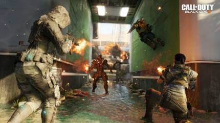 New Call Of Duty: Black Ops III Screens Engage From All Sides