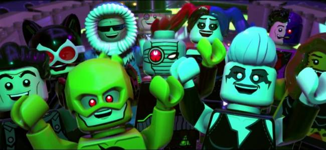 LEGO DC Super-Villain Trailer Puts You At The Center Of The Battle For Earth