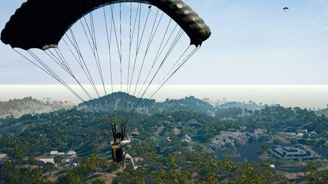 PUBG players learn to ride smoke grenades off cliffs without taking damage