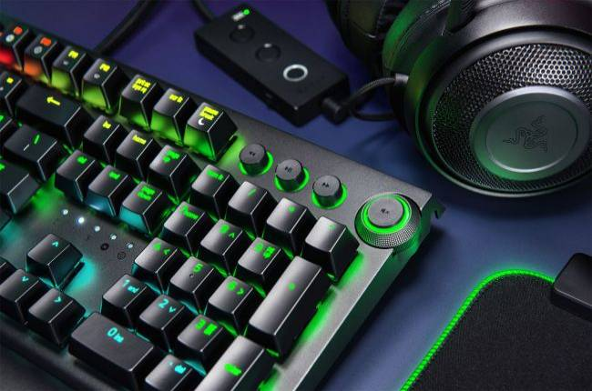 Razer upgrades Blackwidow keyboard with dedicated media controls, onboard storage