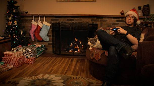 Game Informer's Holiday Yule Log Video