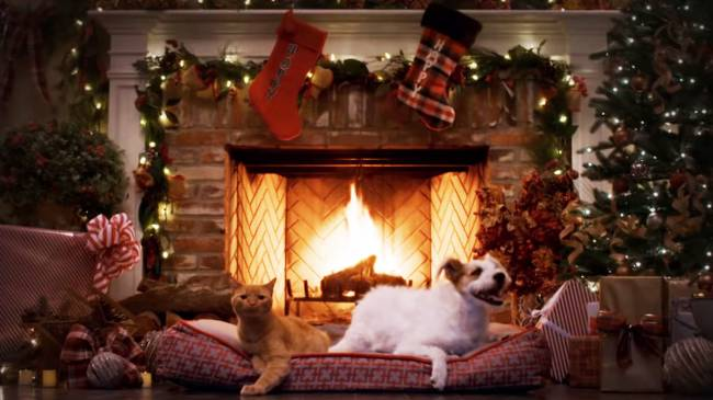 The 10 Best Netflix And Other Streaming Fireplaces For The Holidays