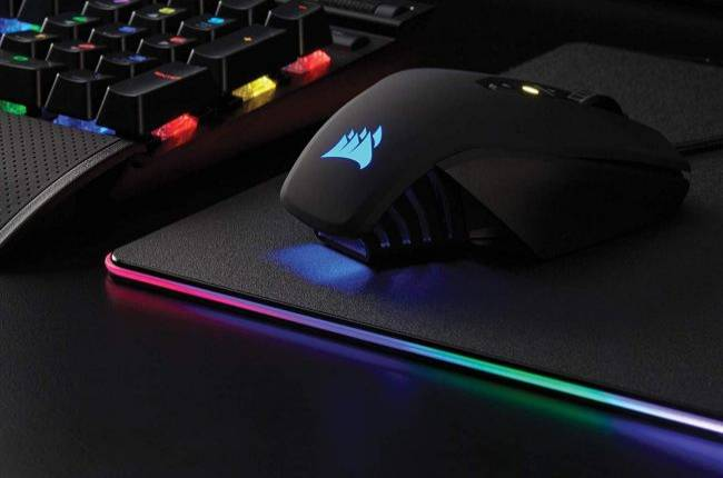 This Corsair gaming mouse for $30 makes a great stocking stuffer