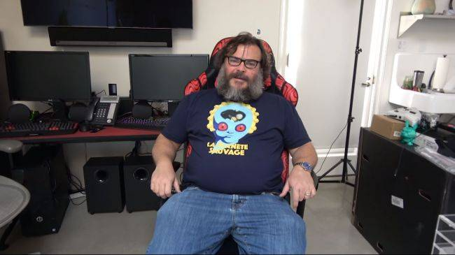 Jack Black launched a YouTube gaming channel and he already has over 2 million subs