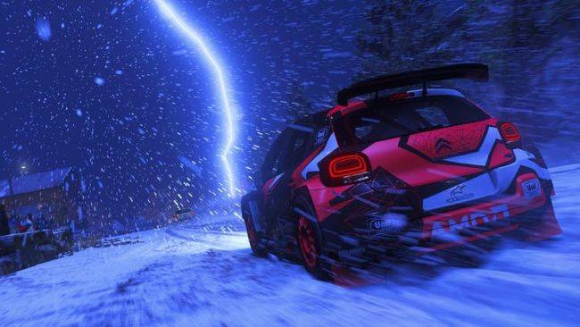 DiRT 5's festive update adds snowy weather to Playgrounds and wheel support