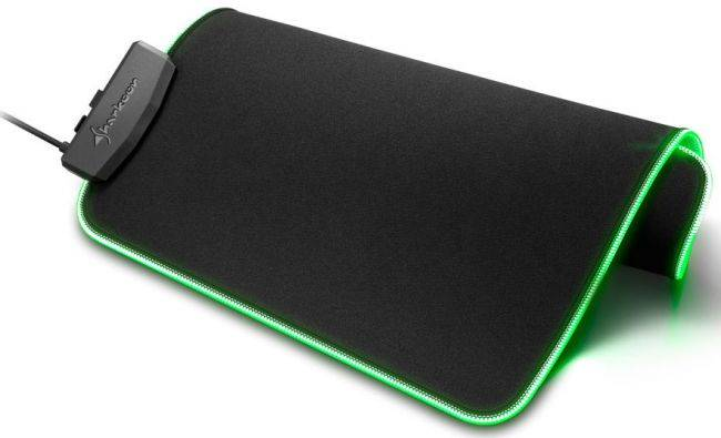 This cloth mouse pad also has integrated RGB lighting