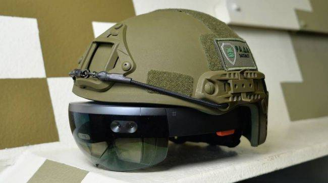 'We did not sign up to develop weapons' say Microsoft employees protesting $479 million HoloLens army contract