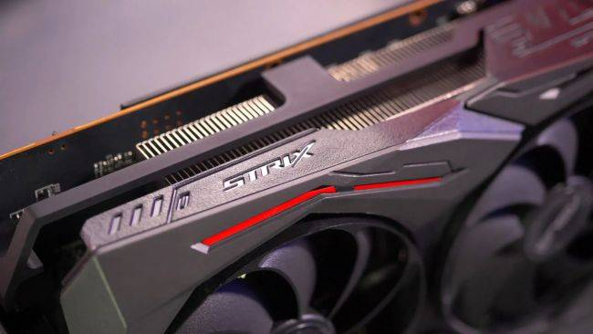 After overheating concerns, Asus is helping RX 5700 owners tighten their screws