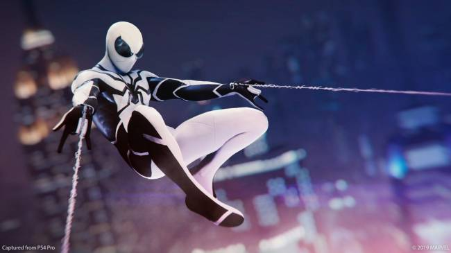 Spider-Man PS4 Update Adds Two Fantastic Suits