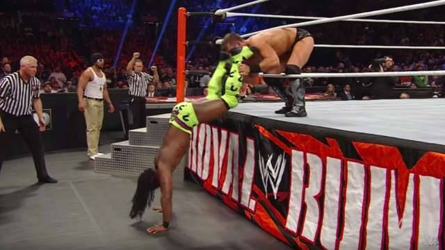 Royal Rumble: 10 Creative Ways WWE Superstars Stayed In The Match