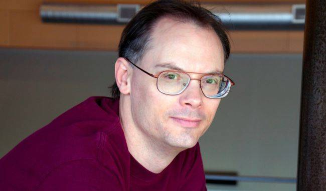 Epic boss Tim Sweeney is worth nearly $3 billion more than Gabe Newell, according to Bloomberg