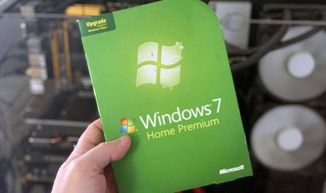Over 100 million PCs still run Windows 7 a year after Microsoft ended support