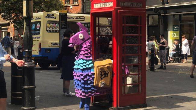 Fortnite llamas are appearing all over Europe