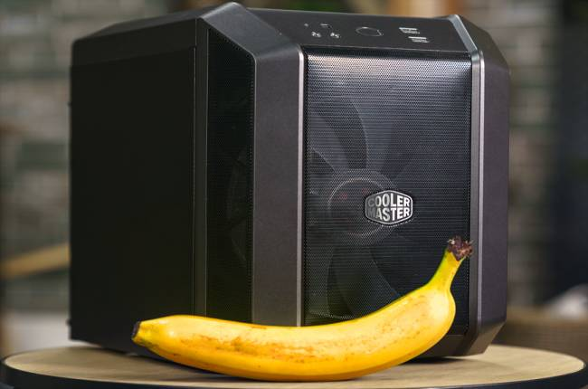 I am now convinced that every case maker should use a banana for scale