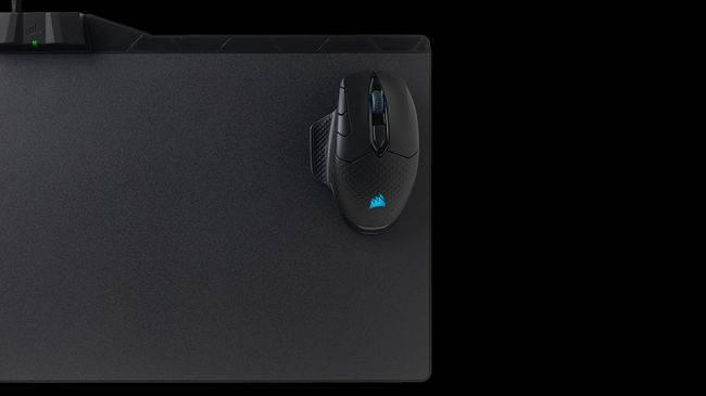 Get 50% off this handy wireless charging mousepad, the Corsair MM1000 Qi