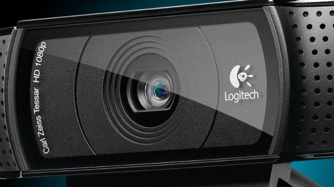 The Logitech C920, our favorite webcam, is now just $40