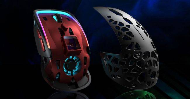 This 'sweatproof' gaming mouse blows, and that's by design
