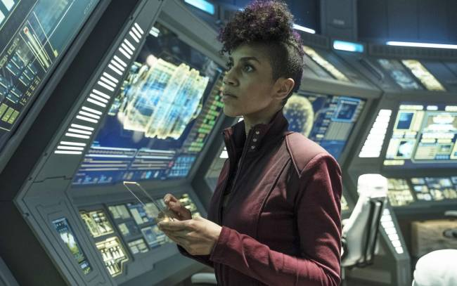 What's on TV: 'The Expanse' season finale and 'Kiss Me First'