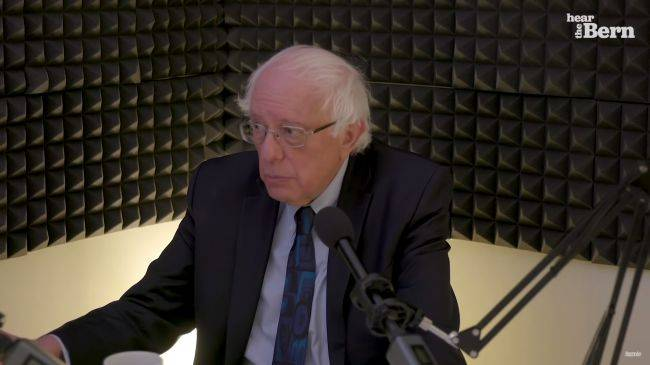 Bernie Sanders is about to become a Twitch streamer