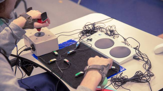 This Is What Disabled Gamers Are Saying About The Xbox Adaptive Controller