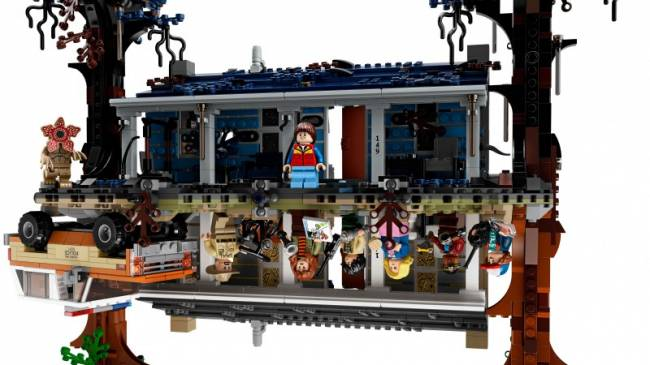 Stranger Things LEGO Set Goes To The Upside Down