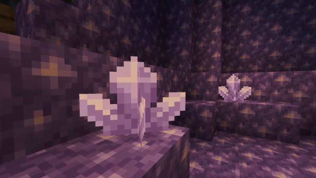 New Minecraft snapshot offers first taste of next year's Caves & Cliffs update