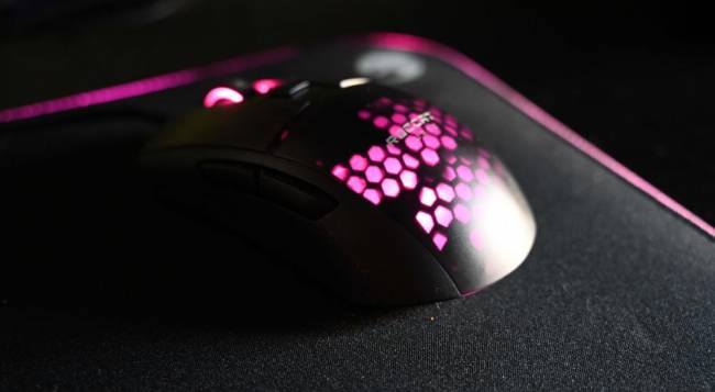 ROCCAT Burst Pro and Sense AIMO XXL Gaming Surface Impressions