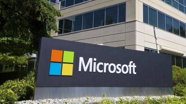 Microsoft sides with Epic in its fight with Apple, promises a more open MS Store