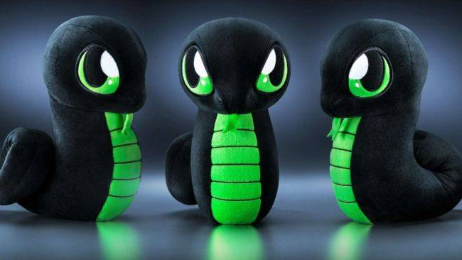 Razer's new Sneki Snek plushie doesn't come with RGB LEDs, because he's an environmentalist