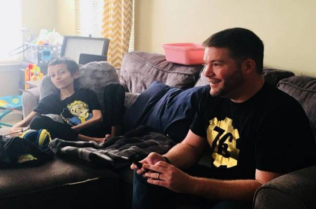 Bethesda visits 12-year-old boy who has cancer so he can play Fallout 76
