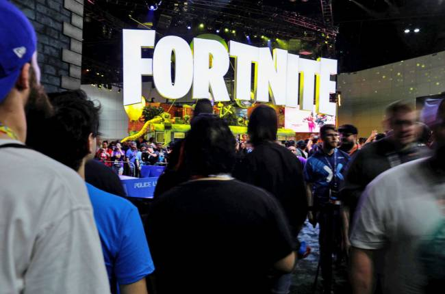 Sony finally gives into 'Fortnite' PS4 cross-play demands