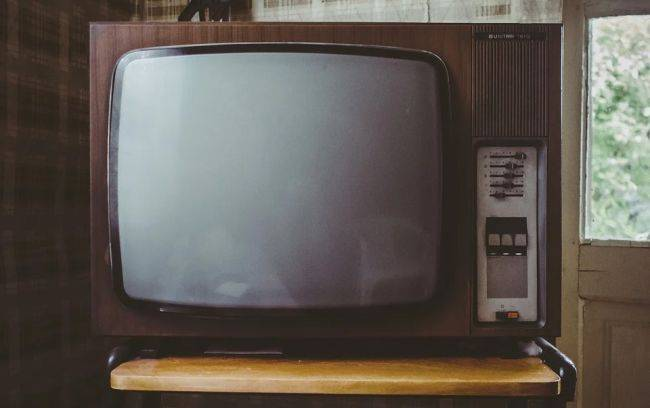 An old TV plagued an entire UK village with daily internet outages for 18 months